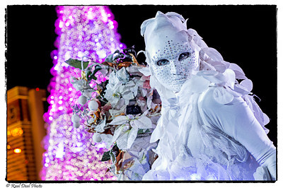 """""""Winter in Venice"""" - sponsored by the Venetian ...Characters by Living World Entertainment"""