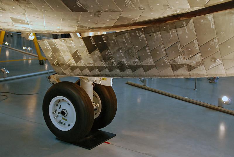 The Shuttle Discovery landing gear.