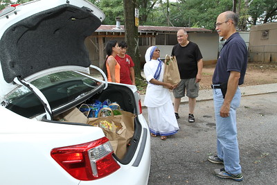 Missionaries of Charity Food Distribution
