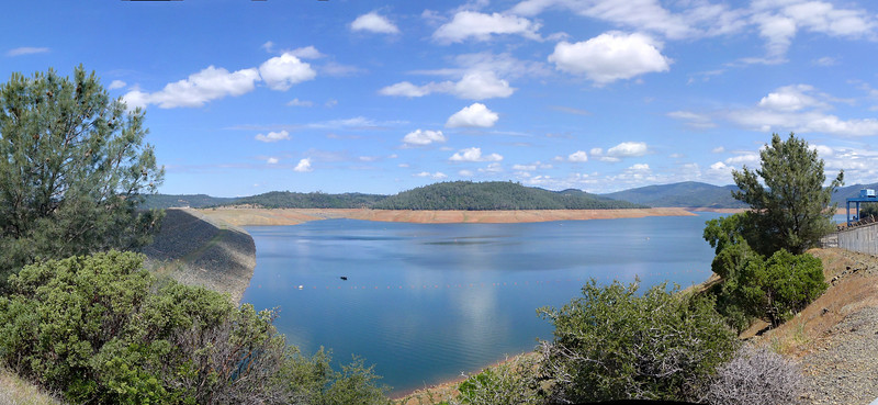 Lake Oroville, with the dam on the left