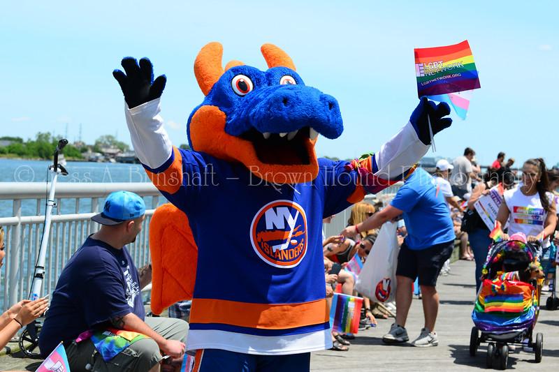20190622_0014_Pet Pride Parade-a