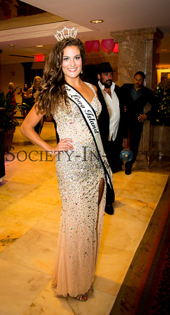 "Hayley Riesel ""Miss Long Island 2016"""