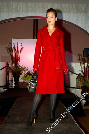 Long Island Pulse Magazine-September Cover Party and Fashion Show-Four Food Studio-Melville-NY-Society In Focus-Event Photography-20110913200314-0134
