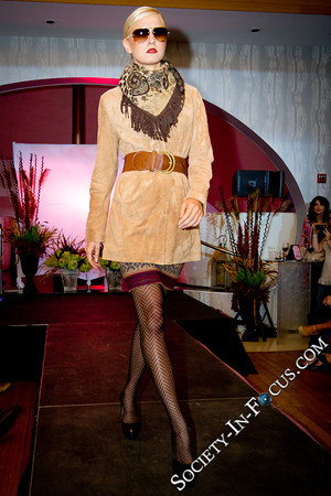 Long Island Pulse Magazine-September Cover Party and Fashion Show-Four Food Studio-Melville-NY-Society In Focus-Event Photography-20110913193500-0134