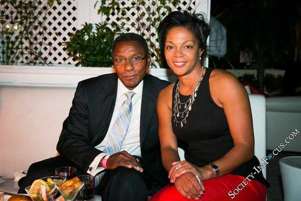 James Lee, Ronica Copes