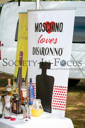 Moschino Loves Disaronno