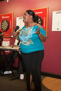 Love Jones Open Mic 06-20-37