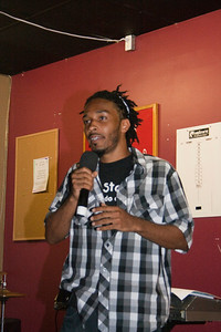 Love Jones Open Mic 06-20-7