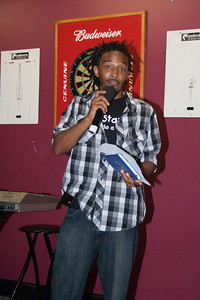 Love Jones Open Mic 06-20-4