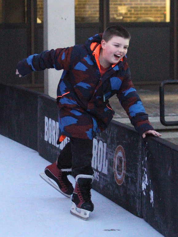 . Lowell Winterfest opening night. Robby Karnes, 8, of Woburn, at the skating rink at JFK Plaza. (SUN Julia Malakie)