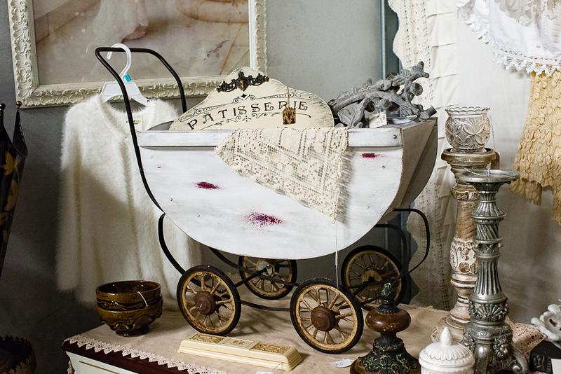 Lucille's Vintage 2018 Set-up (316) Web Images