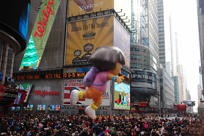 DORA THE EXPLORER Macy's Thanksgiving Parade 2009 in Manhattan