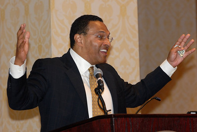 EB2007:  Dr. Freeman Hrabowski, III proposes a math problem for the audience.  The person with the correct answer wins $20!!!  MARC Student Day Program & Luncheon