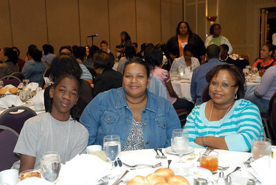 EB2007:  Peer Mentor, Dr. Michelle Walker, Janice Reuben and MARC Student Day mentee.