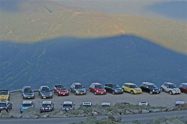 MINIs rest in the shadow of Mt. Washington.