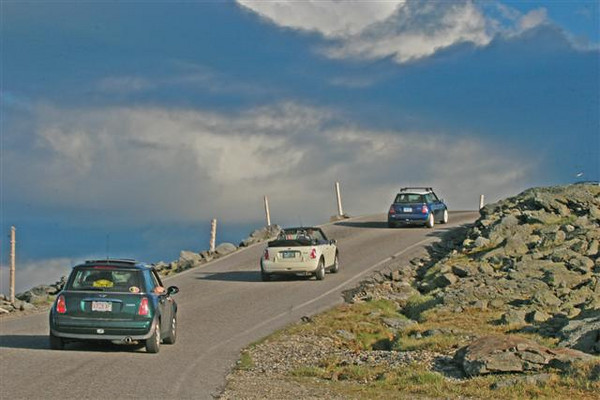 MINIs ascend the Auto Road to the summit of Mt. Washington.