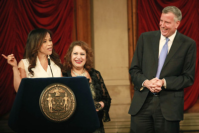 Rosie Perez & Mayor Bill DeBlasio