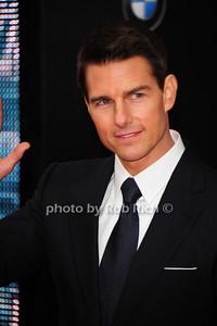Tom Cruise photo by Rob Rich/SocietyAllure.com © 2011 robwayne1@aol.com 516-676-3939