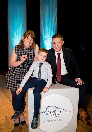 Silver Pendant winner Ishbel Campbell with George Lowe from HOE and son Cohen aged 6 _