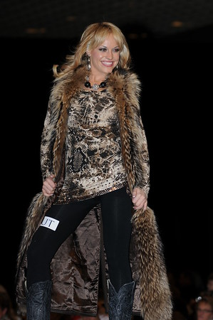 MRA 2012 Cowgirl Fashion Show