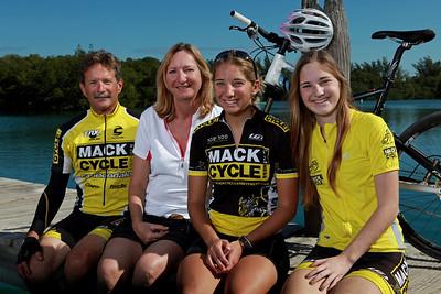 G2photos-Mack 2010 (2)