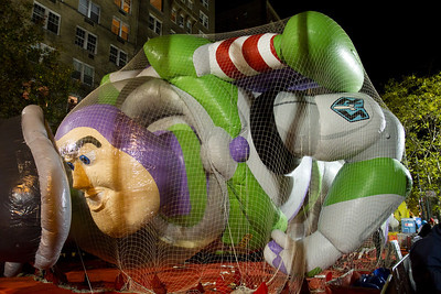 Balloon inflation night before the parade