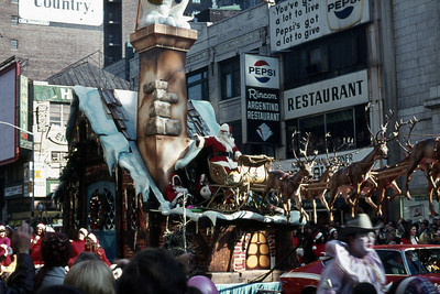 Macy's Thanksgiving Day Parades - 1972 - 2007