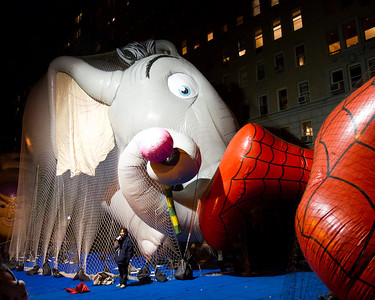 Balloon inflation evening before parade