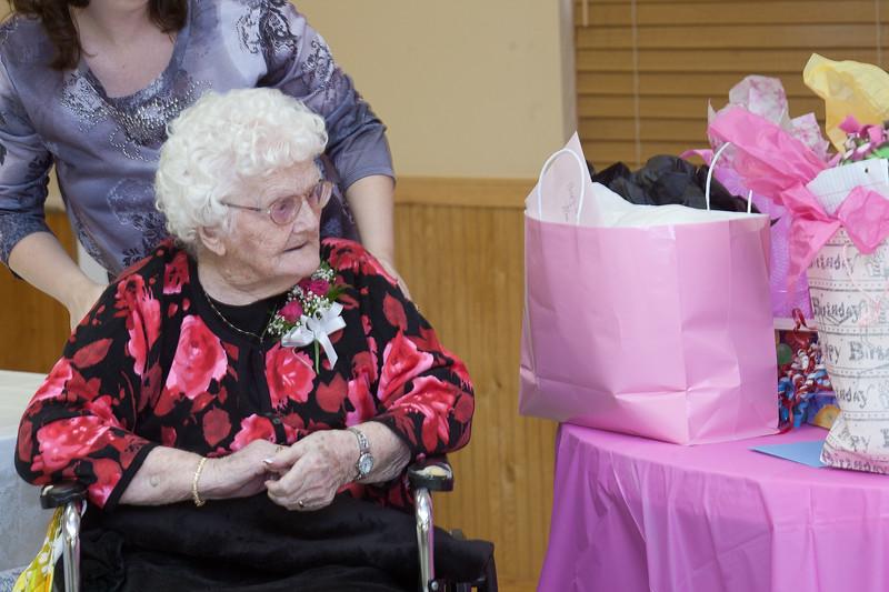 Mae's Birthday 156
