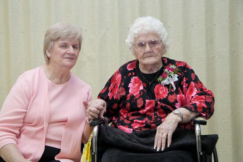 Mae's Birthday 105