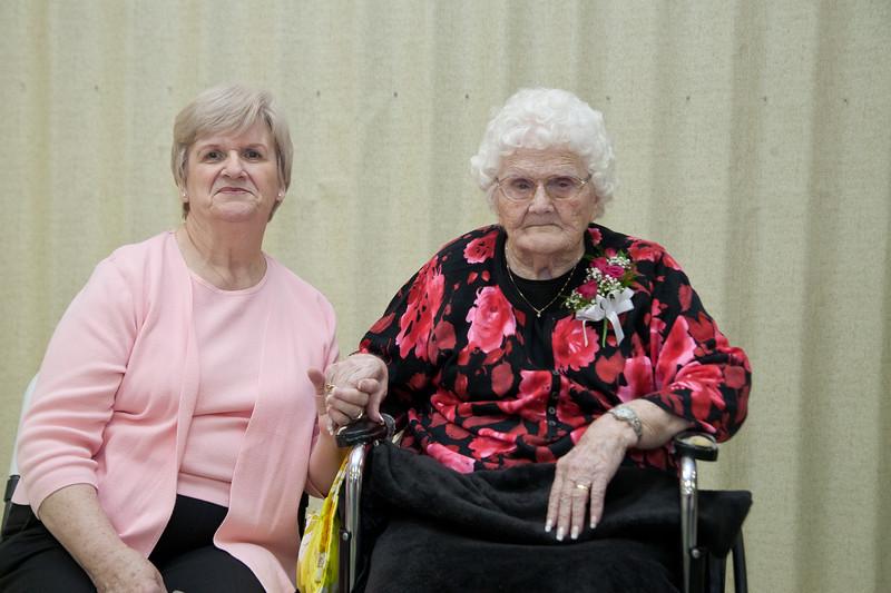 Mae's Birthday 106