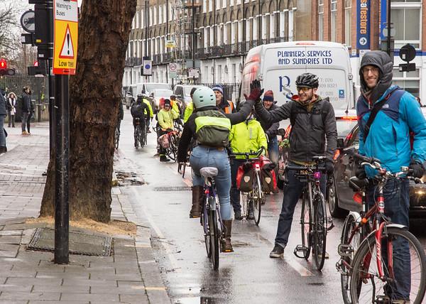 Make The Lane cycling demo in Islington