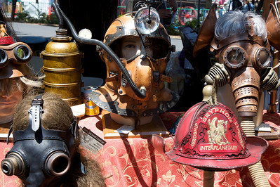 Steam Punk was everywhere, confusing the heck out of small children.