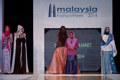 Saraya Zahret - Muslimah Fashion