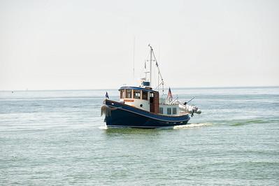 015 Michigan August 2013 - Beach Tug Boat