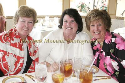 IMG_6193 Suzanne Hiro,Anne Ryan,Gretchen Maglione