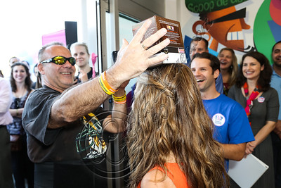 BURBANK, CA - OCTOBER 04:  Actress Maria Menounos (R) gives K-Cups away to fans at the launch of Dunkin' Donuts K-Cups at Baskin-Robbins on October 4, 2012 in Burbank, California.  (Photo by Chelsea Lauren/FilmMagic)