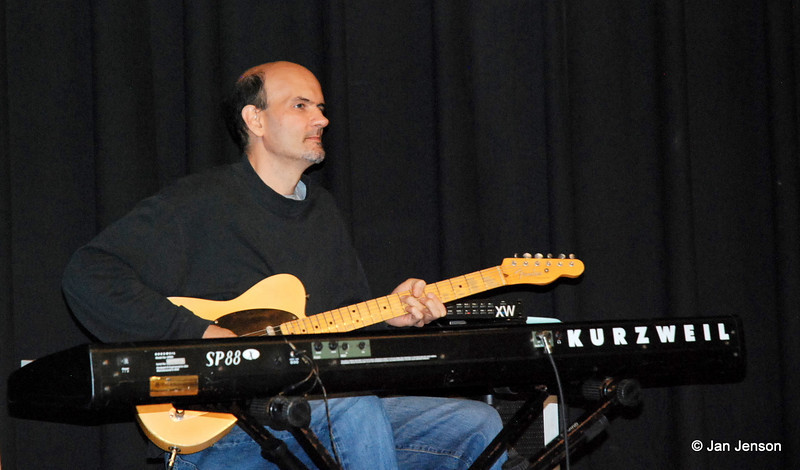 """Divided by Four<br /> Music for ALL Occasions -<br /> Motown, R & B, Soul, Funk, 70's hits, classic rock, dance & blues<br /> <br /> Gerald Knox - bass guitar & lead vocals<br /> Kevin Leichman - drums, backing vocals<br /> Roland Reid - Guitar<br /> Jerome Heggins - lead & backing vocals, percussion<br /> Nate Thompson - lead & backing vocals, percussion<br /> Alan Wyrick - Guitar & keyboard<br /> <a href=""""http://www.dividedbyfour.com"""">http://www.dividedbyfour.com</a><br /> <a href=""""http://www.myspace.com/dividedby4"""">http://www.myspace.com/dividedby4</a>"""