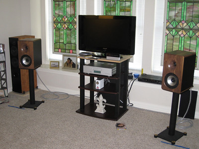 The first system we heard included the SB3 connected to the digital input of the Cambridge Audio 840C, driving the Virture Audio Virtue One with 30V/130W power supply, and the SP Technology Timepiece Mini speakers.