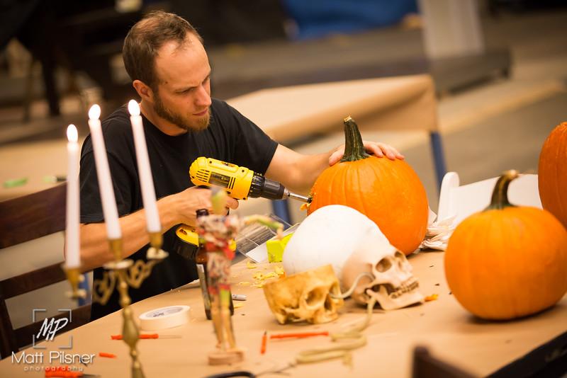021-McC Pumpkin Carving