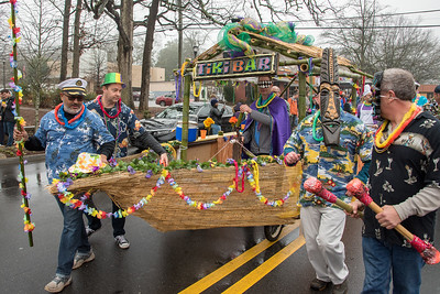 Ship wrecked from the islands, this Krewe was proud to make drinks and hand them out at the 2018 Mead Rd. Mardi Gras Parade
