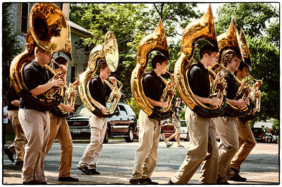 Mount Vernon High School marching band in Memorial Day parade on East High Street in Mount Vernon, Ohio. Date: May 28, 2012