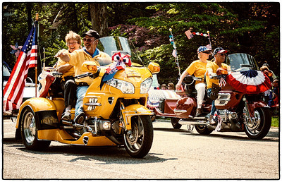 Participates in Memorial Day parade on East High Street in Mount Vernon, Ohio. Date: May 28, 2012