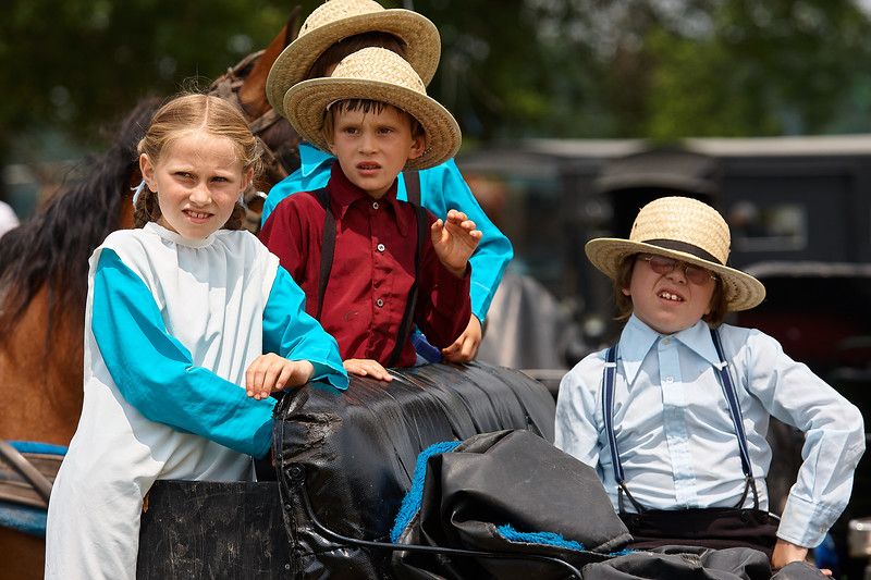 Mennonite Childrern