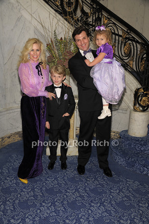 Michelle-Marie Heinemann, Hudson Cornelius Heinemann, Jon Heinemann, Hyacinth Cornelia Heinemann<br /> photo by Rob Rich/SocietyAllure.com © 2014 robwayne1@aol.com 516-676-3939