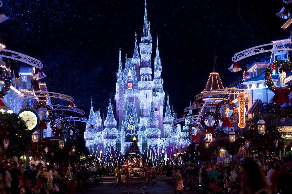 Disney_141216_1428