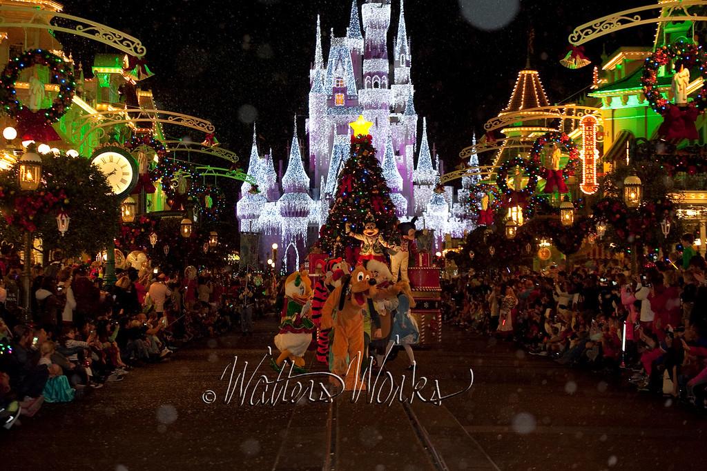 Disney_141216_1448