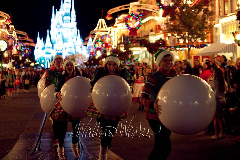 Disney_141216_1413