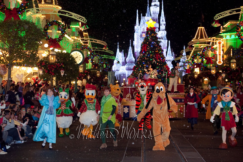 Disney_141216_1464