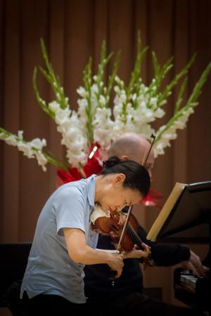 Midori and Özgür Aydin rehearsing.